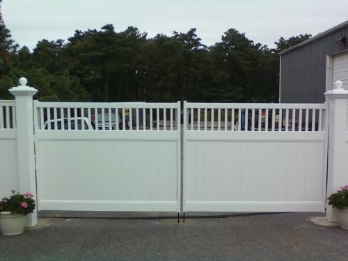Double Gate Vinyl Privacy
