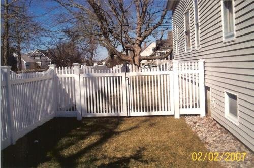 4′ Stepped Picket/Double Gate