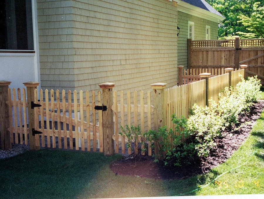 Cape Cod Cedar Picket Fence - Picket 9