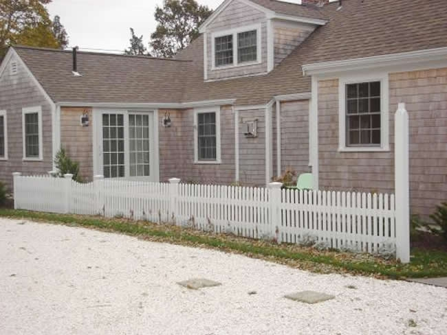 Cape Cod Picket Fence with Scalloped Gate and Light Post - Picket 10