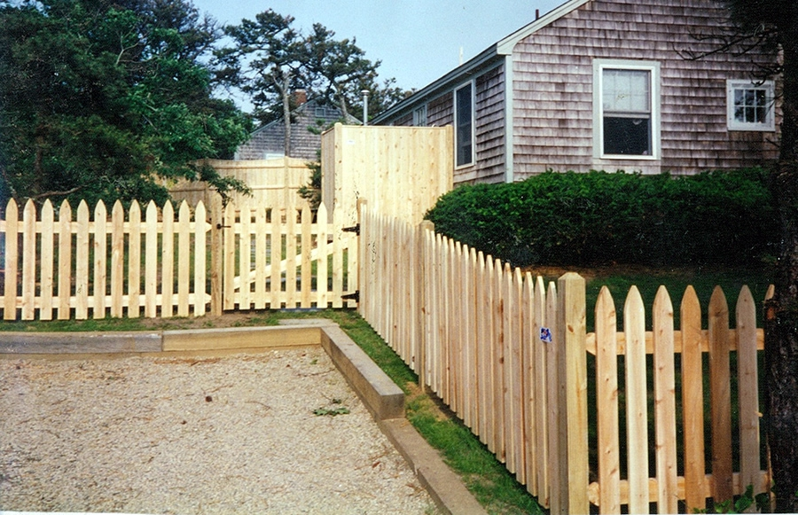Cedar Nantucket Picket Fence - Picket 12