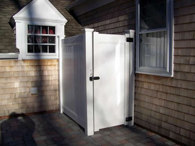 Vinyl Tongue and Groove Privacy Enclosure and Gate - Enclosure 5