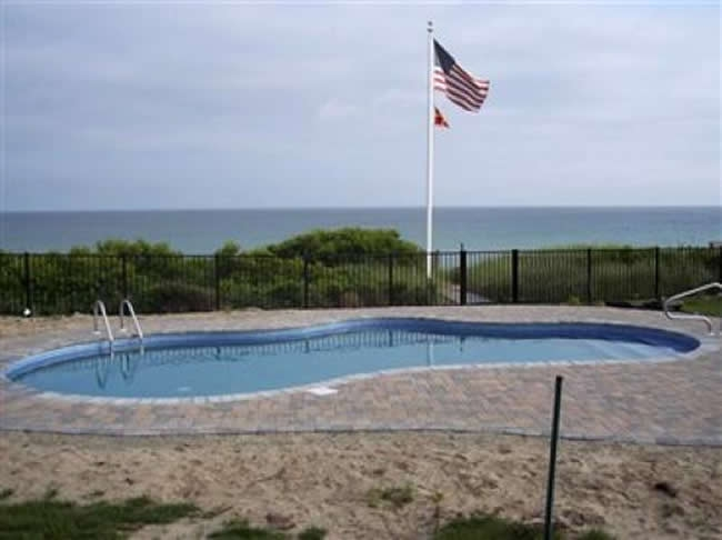 Aluminum POOL CODE Ornamental Two Rail - Aluminum 7