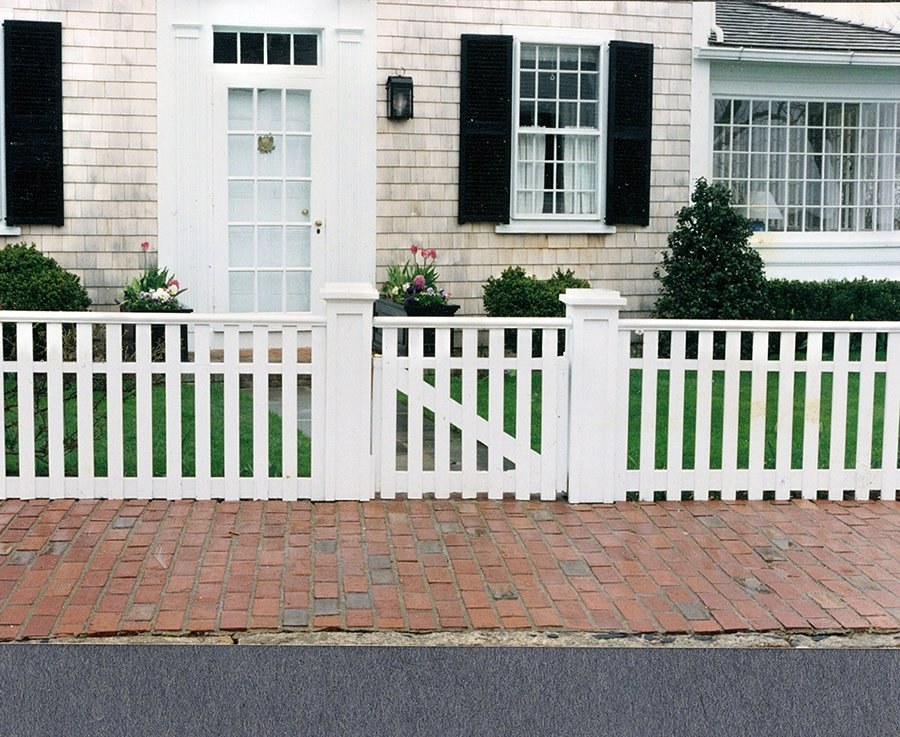 Picket Fence 1x2 Cedar --Picket Fence 1