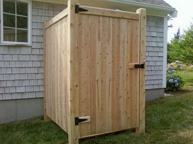 Shower Enclosure Cedar Top Kick Board with Gate - Enclosure 2