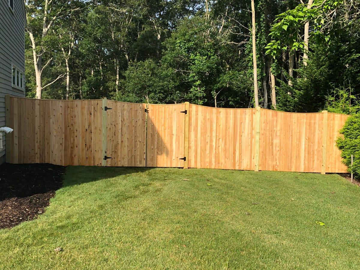 Scalloped Cedar Board - Privacy 45