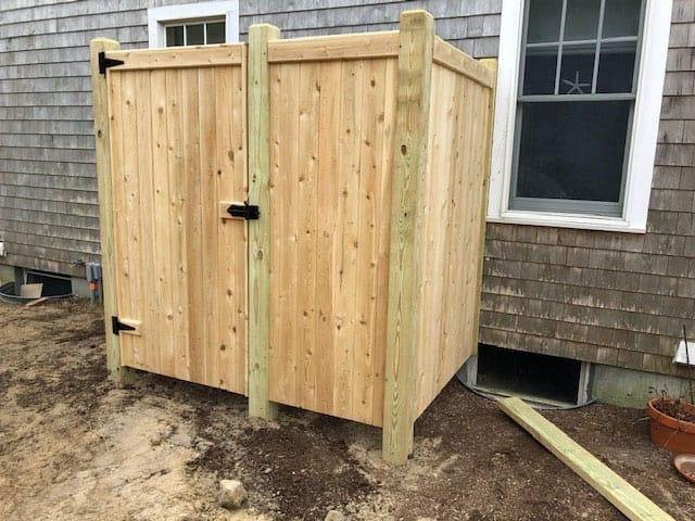 Enclosed cedar board 2 way 4x6 shower stall - Enclosure 12